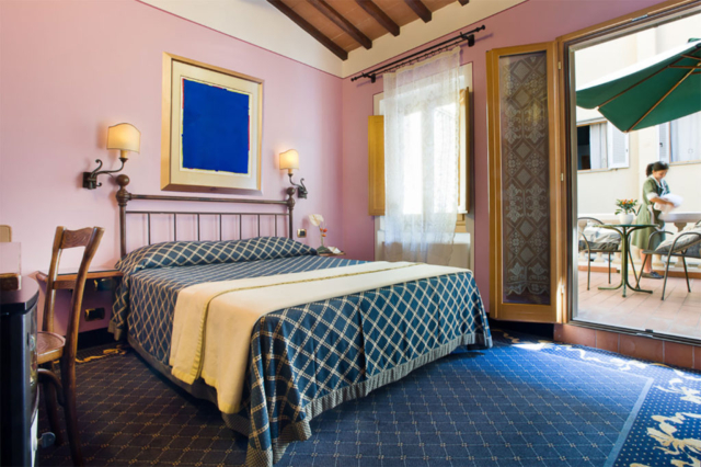 Executive double room at Il Guelfo Bianco Florence
